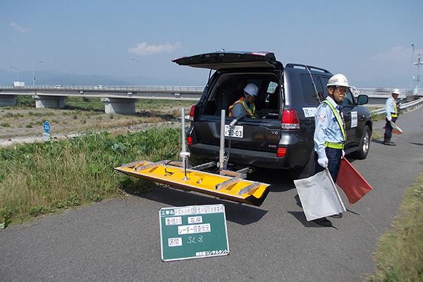 堤防レーダー探査